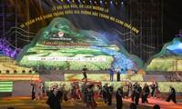 Ouverture de la Fête culturelle et touristique de Muong Lo et des rizières en terrasse de Mù Cang Chai