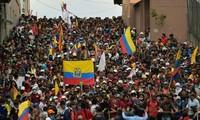 Equateur : des milliers de manifestants affluent vers Quito, quadrillé par la police