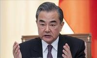 Wang Yi écarte une éventuelle tierce partie dans les négociations commerciales avec Washington