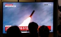 Pyongyang qualifie de succès l'essai d'un «lance-roquettes multiple»