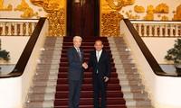 Truong Hoà Binh reçoit le gouverneur de la préfecture de Tochigi