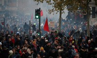 Réforme des retraites: les syndicats à Matignon