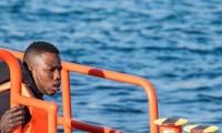 Les gardes côtes espagnols portent secours à 200 migrants le jour de Noël