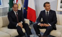 Macron et Sissi appellent à la «retenue» face aux risques «d'escalade» en Libye
