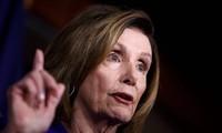Pelosi prévoit d'envoyer l'acte d'accusation de Trump au Sénat la semaine prochaine