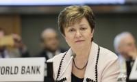 Le FMI abaisse sa prévision de croissance mondiale