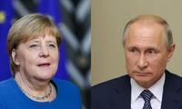 Poutine et Merkel évoquent le Moyen-Orient et l'Ukraine par téléphone