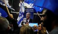 Israël: Netanyahu en route vers la victoire aux législatives malgré son inculpation
