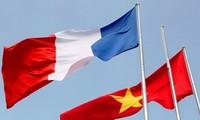 Des Vietnamiens en France contribuent à la lutte contre le Covid-19