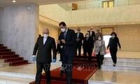Virus: Damas et Téhéran dénoncent le maintien des sanctions américaines