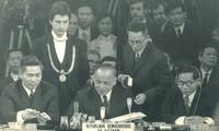 Victoire du printemps 1975 : les contributions du secteur diplomatique