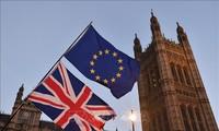 Brexit: le Royaume-Uni met fin à la libre circulation des travailleurs
