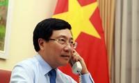 Covid-19: Pham Binh Minh s'entretient au téléphone avec son homologue norvégienne
