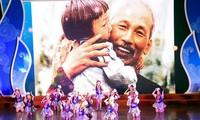 Hanoi: Plus de 500 élèves brillants à l'honneur