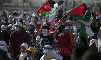 Des milliers de Palestiniens rassemblés contre l'annexion des colonies et de la vallée du Jourdain