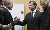 Emmanuel Macron et Vladimir Poutine vont s'entretenir en visioconférence vendredi