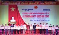 La présidente de l'Assemblée nationale à la remise des certificats de « Reconnaissance nationale »