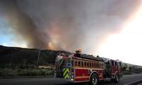 Californie : des centaines de maisons évacuées suite à un énorme incendie