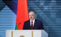 Vladimir Poutine s'oppose à l'ingérence étrangère en Biélorussie