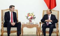 Le directeur de la BAD au Vietnam reçu par Nguyên Xuân Phuc