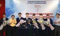 Quatre élèves vietnamiens primés aux Olympiades internationales d'informatique