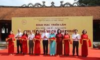 """Exposition """"Hanoï-Huê-Saigon: tradition et développement"""""""