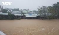 Centre: Lourdes pertes causées par les pluies torrentielles et les crues