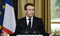 Covid-19: Emmanuel Macron choisit le couvre-feu pour tenter d'endiguer la deuxième vague