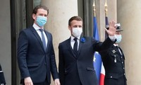 Emmanuel Macron et Angela Merkel demandent de renforcer la frontière de l'UE