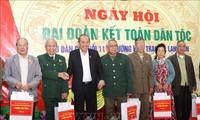 Journée de la grande union: Truong Hoà Binh participe à la fête à Lang Son