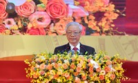 Nguyên Phu Trong félicite le 70e anniversaire de fondation de l'Union des associations d'amitié du Vietnam