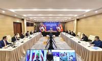 Le Vietnam renforce la coopération pour la paix et le développement