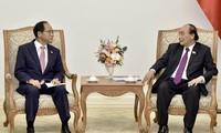 Nguyên Xuân Phuc: le Vietnam réserve les meilleures conditions aux investisseurs sud-coréens