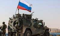La Russie annonce le retrait de ses troupes à la frontière ukrainienne