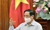 Covid-19 : Pham Minh Chinh travaille avec le ministère de la Santé