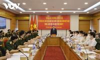 Vuong Dinh Huê se rend à l'Académie de médecine militaire