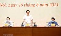 Vuong Dinh Huê rencontre les organes de presse