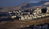 Des colons juifs acceptent de quitter un bâtiment de Cisjordanie occupée