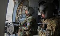 Afghanistan: les USA lancent des frappes aériennes en soutien aux forces gouvernementales