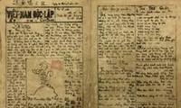 Le Président Hô Chi Minh rédige la Déclaration d'indépendance