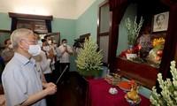 Nguyên Phu Trong rend hommage au Président Hô Chi Minh
