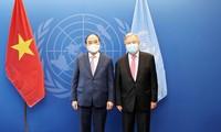 Nguyên Xuân Phuc rencontre Abdullah Shalid et Antonio Guterres