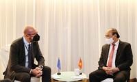 Nguyên Xuân Phuc rencontre des dirigeants de certains pays et le président du Conseil européen