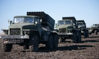 Отвод тяжелого вооружения в Донбассе начался в воскресенье