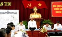 Уонг Чу Лыу проверил подготовительную работу к предстоящим выборам в Кантхо
