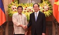 Президент СРВ поблагодорил своего филиппинского коллегу за освобождение вьетнамских рыбаков