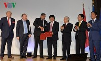 Генсек ЦК КПВ Нгуен Фу Чонг встретился с представителями крупных французских предприятий