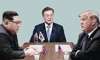В Сингапуре идут переговоры между США и КНДР по предстоящей встрече Трампа и Ким Чен Ына