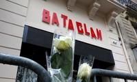 Во Франции почтили память жертв терактов 13 ноября 2015 года