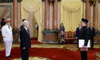 Нгуен Фу Чонг принял иностранных послов в связи с началом их срока работы во Вьетнаме